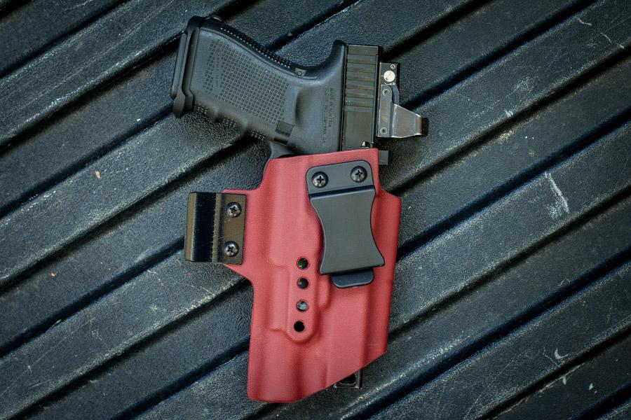 Raptor_Glock_X300_DeltaPoint_Red_1